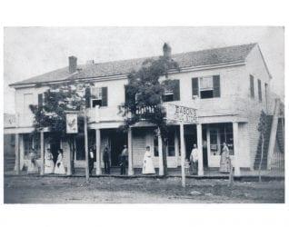 1900's – Eason's Drug Store in Jacksonport