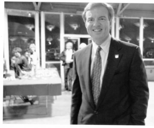 1990's – Governor Jim Guy Tucker at Rick's Armory