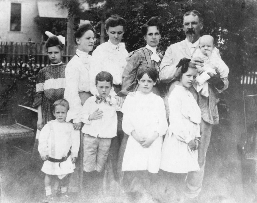 1900's – Family of Colonel Lancelot Minor