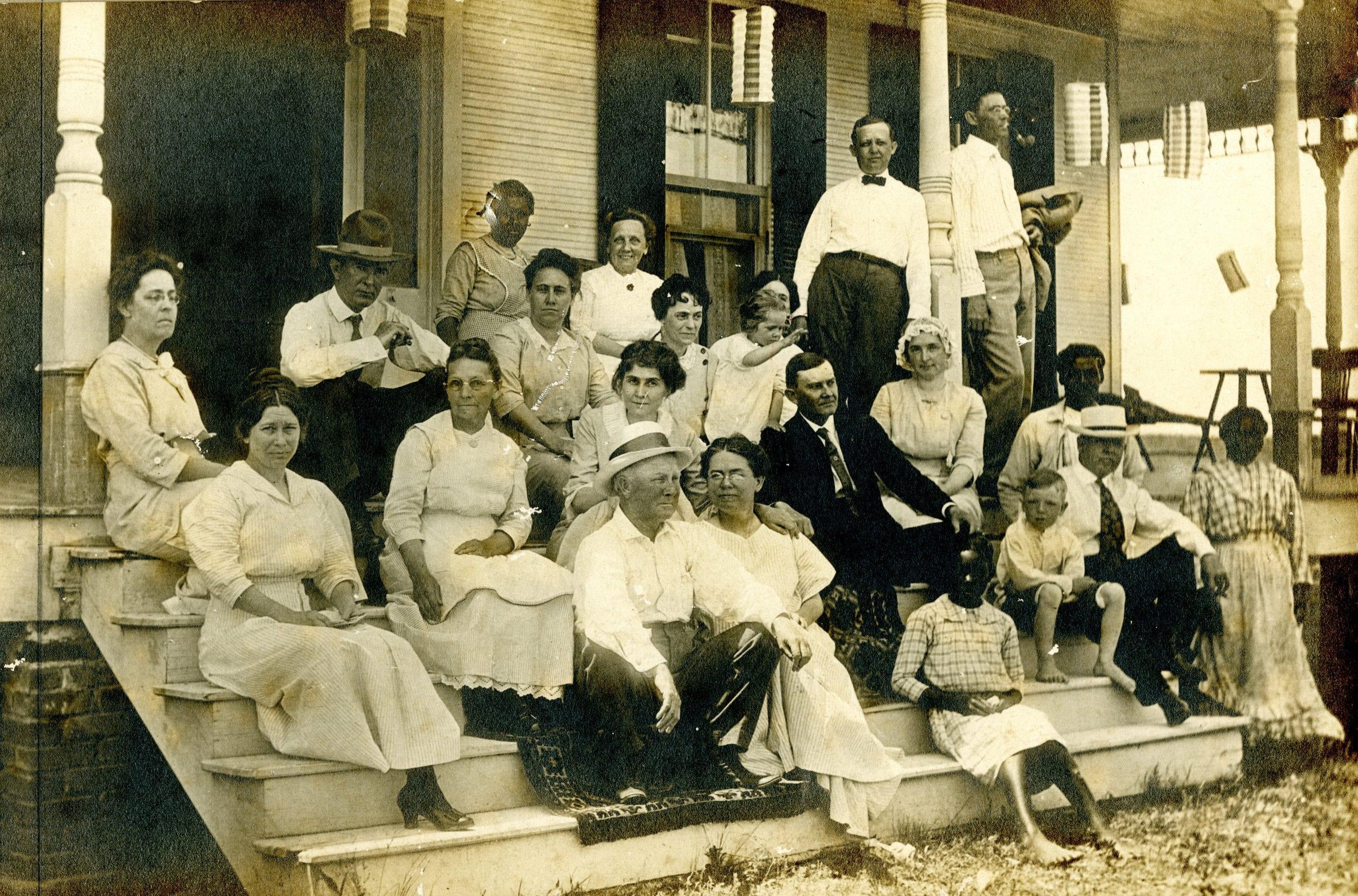 1914 – Louisiana Plantation Party