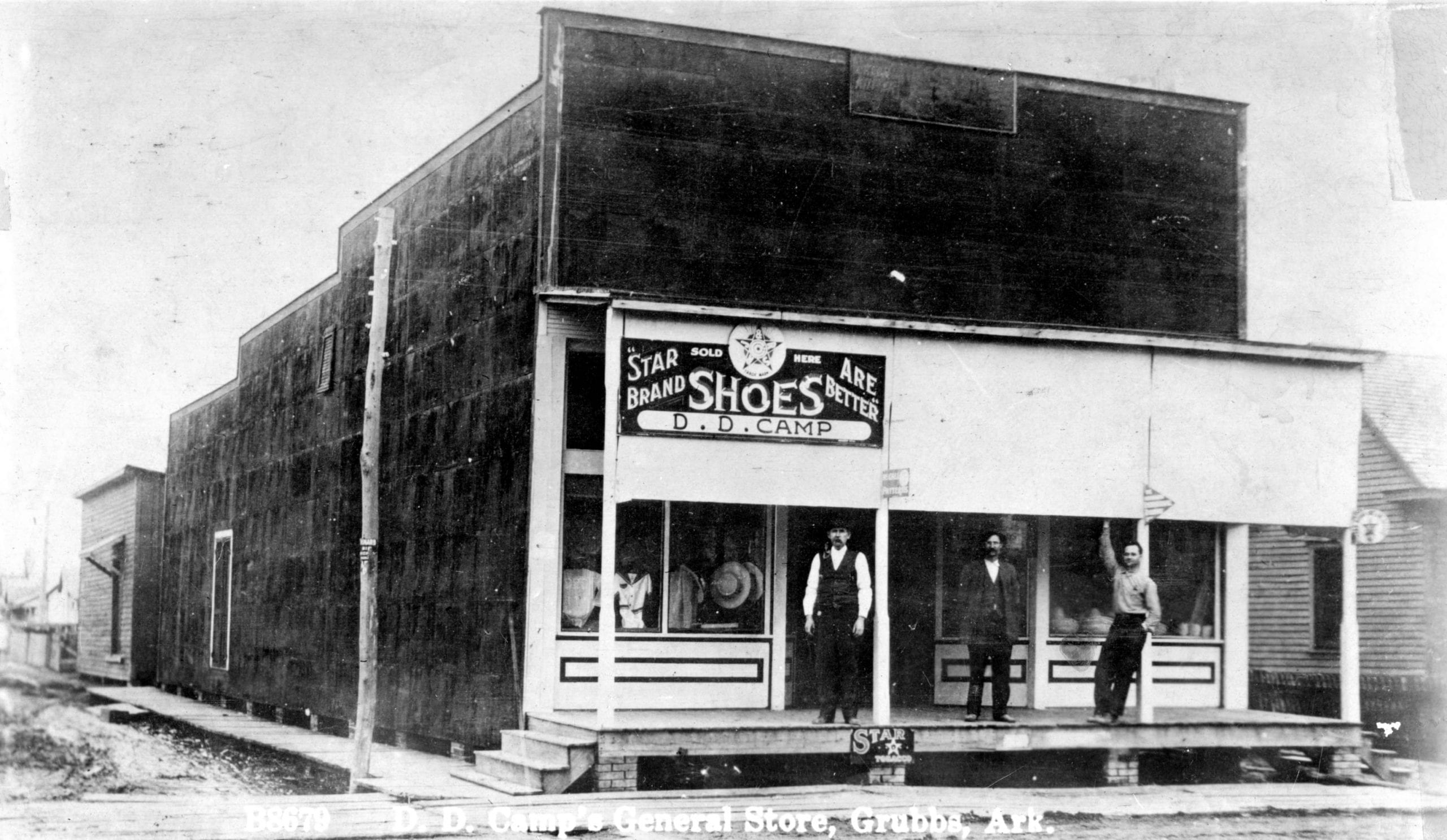 1916 – The D.D. Camp Store