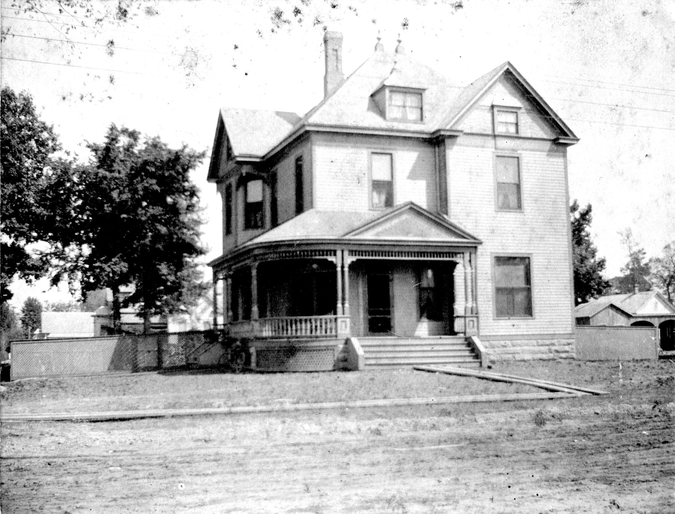 1920's – Stayton Home