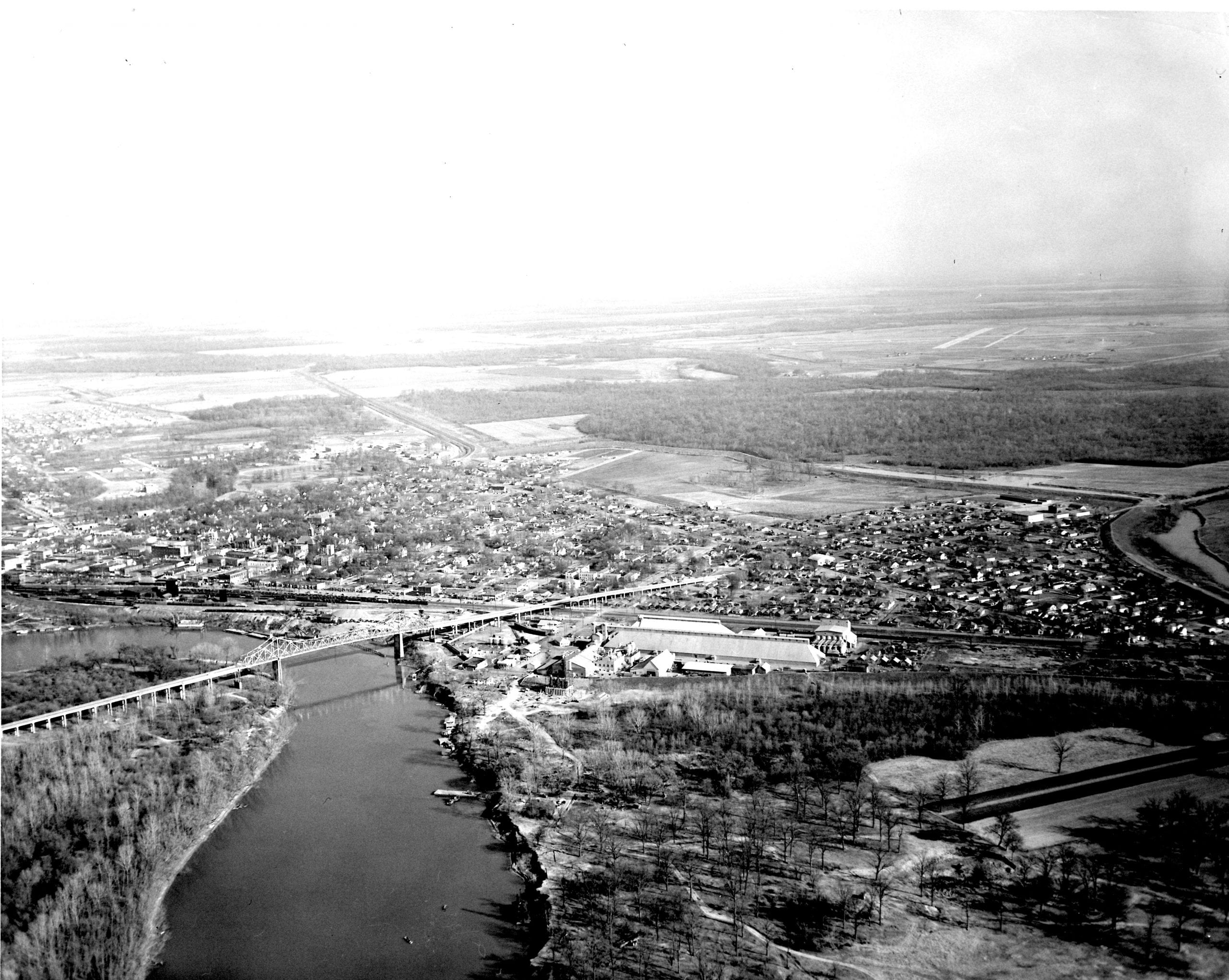1940's – Aerial view of Newport