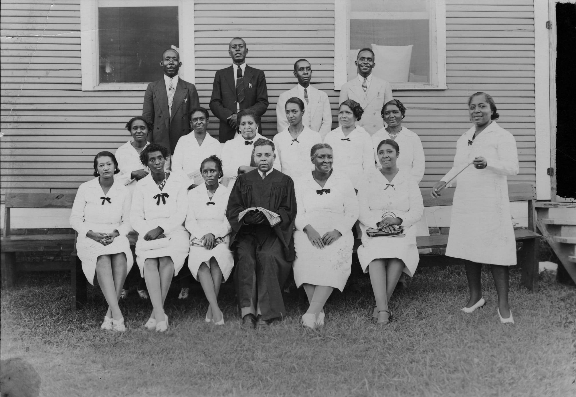 1940 – Senior Choir, Morning Star Church