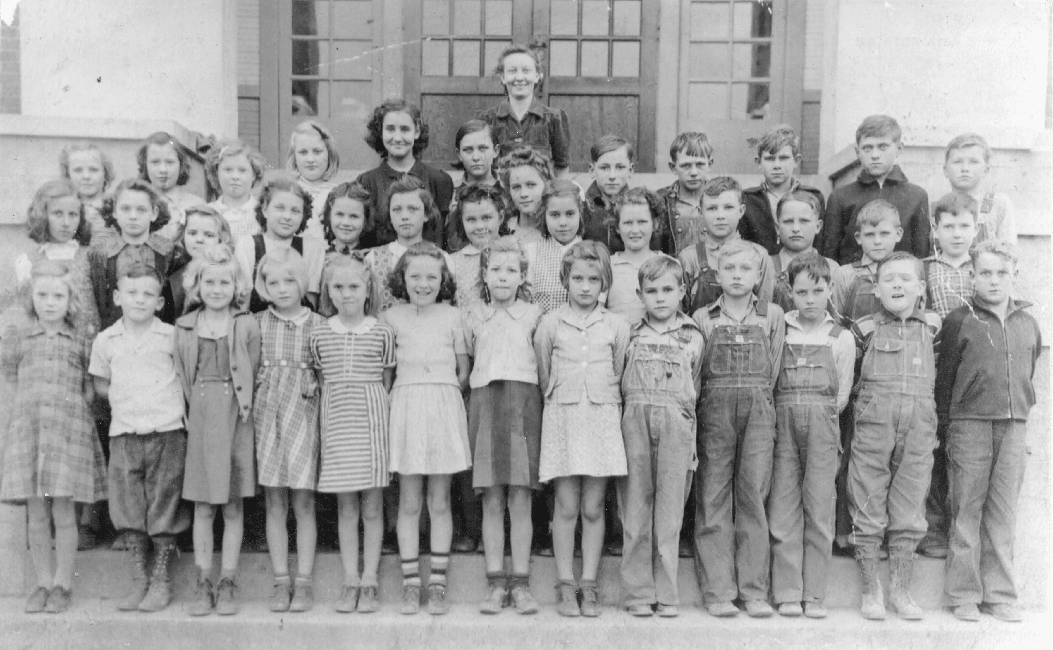 1941 – 1942 – Swifton School 4th grade