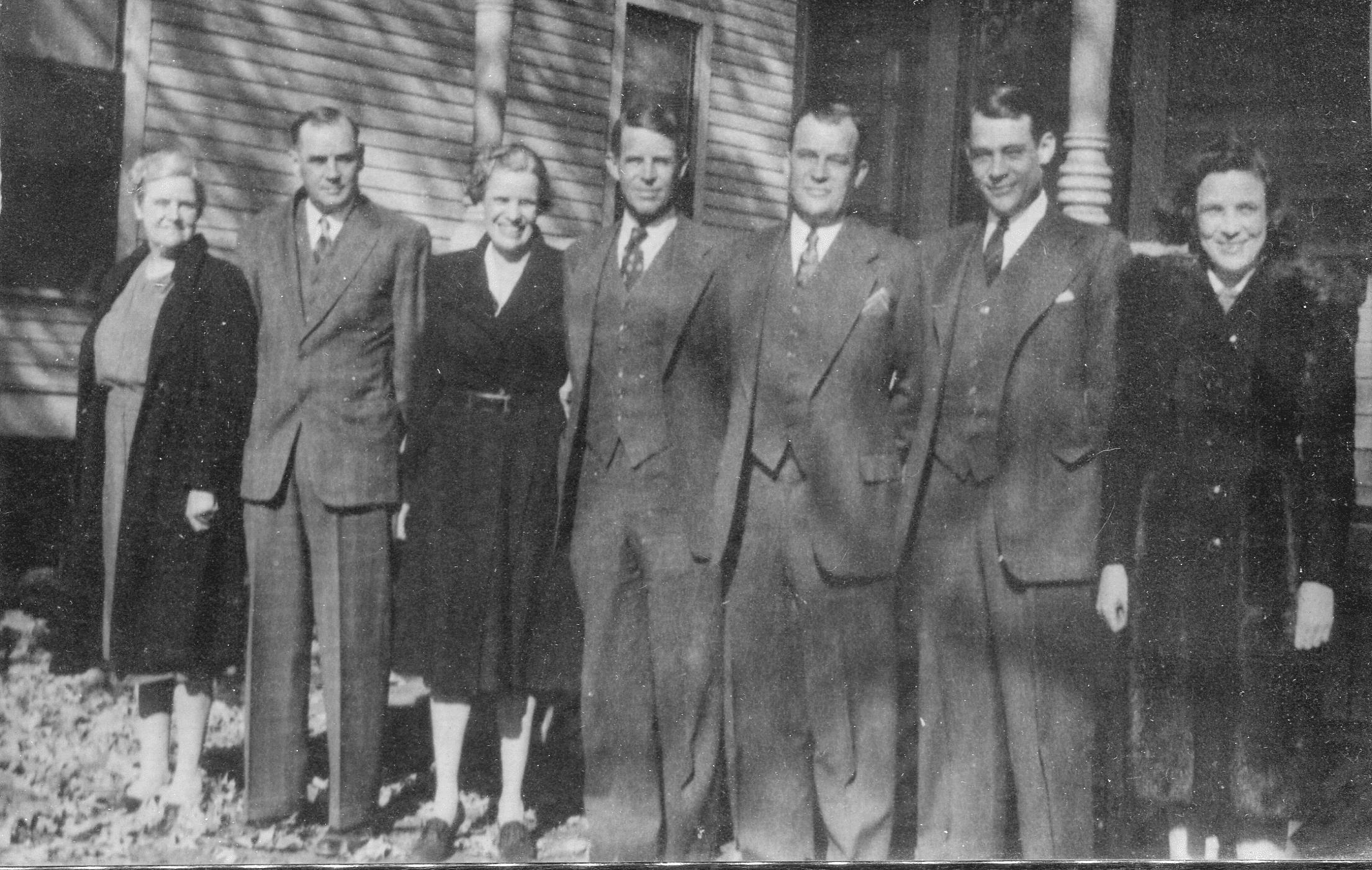 1940's – McDonald Siblings