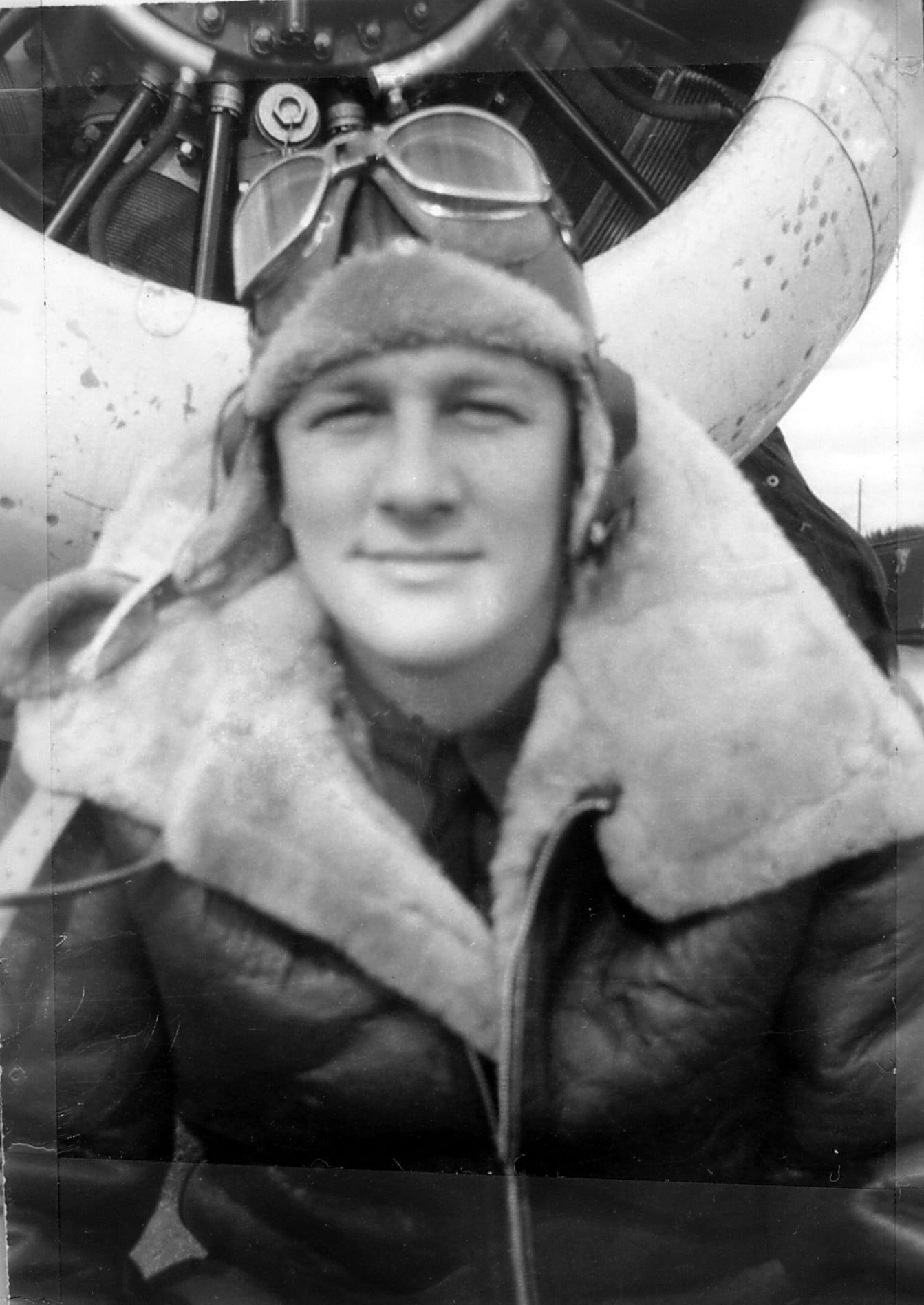 1940's – Airbase – Cullus Walker
